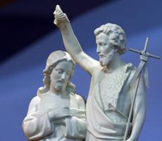 Gran número de bautismos de adultos en Estados Unidos y en Francia