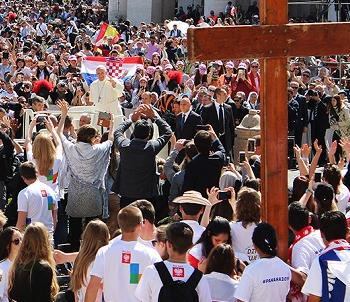 Crece el número de católicos en el mundo
